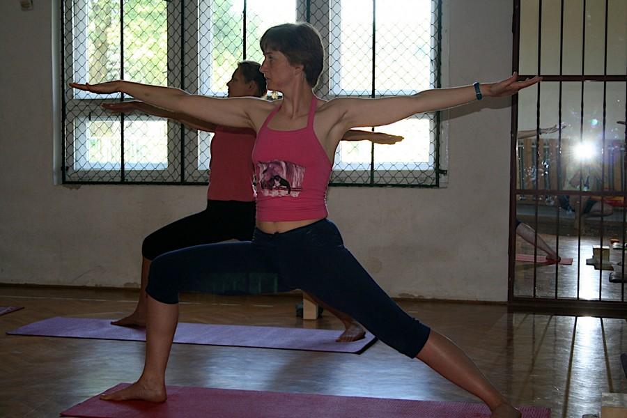Online jóga foglalkozások Papp Anikó jógaoktatóval