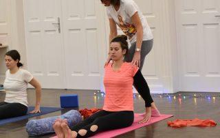 Papp Anikó - jógaoktató Zala megye - csoportos jóga foglalkozás